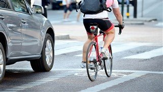 How to drive safely around cyclists